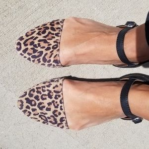 Leopard flats with strap